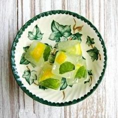 Mint and lemon ice cubes... great with a glass of water.