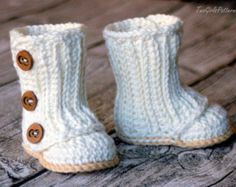 Crochet Pattern 217 Baby Slouch Boot Boot di TwoGirlsPatterns