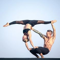 Weight loss and yoga might not look like they go side by side. The reason is that lots of people view yoga as stress release or tone muscle. Couples Yoga Poses, Acro Yoga Poses, Partner Yoga Poses, Yoga Moves, Yoga For Two, Yoga Poses For Two, How To Do Yoga, Yoga Girls, Yoga Inspiration