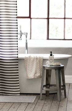 11 Beautiful Bathtubs   Damsel In Dior