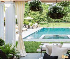 Quem aí não adoraria relaxar nesse jardim? Nós amamos! <3