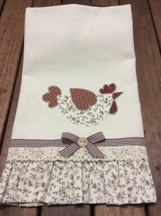Dish Cloth Kit + Hand Blaster Beautiful kit to beautify and brighten your kitchen Dish Towel Crafts, Dish Towels, Hand Towels, Tea Towels, Baby Applique, Applique Patterns, Applique Designs, Sewing Crafts, Sewing Projects