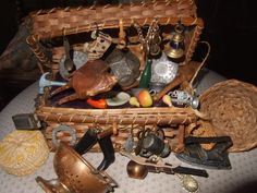 Pedlar's basket with minatures Circa 1880...