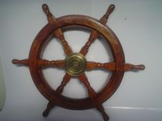 SOLID WOODEN SHIPS WHEEL18  BRASS CENTRE WITH KEYWAY