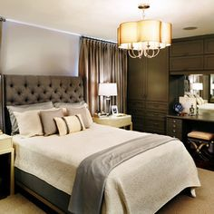 Traditional Bedroom by Sealy Design Inc.