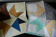 my project: 'Star Baby Quilts' made according to this free tutorial by Amy Smart of Diary of a Quilter http://www.diaryofaquilter.com/2015/07/easy-diy-star-baby-quilt-tutorials.html Binding with a flange according to this free MSQC-tutorial: http://www.youtube.com/watch?v=HAQWwwAa2K0 Fabrics of top and backing are by Moda (Color Theory and Lexington, plus some Bella Solids)