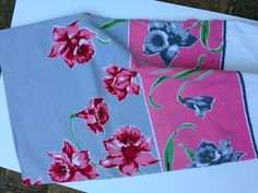Pink and grey Table cloth