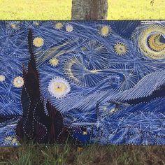 Starry Night Nail and String Art Nail String Art, String Crafts, Thread Painting, Thread Art, Arte Linear, String Art Patterns, Vincent Van Gogh, Art Techniques, Wood Art