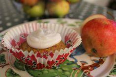 Super muffinikakut <3  Paleostyle carrot, apple and spicecakes. No gluten!