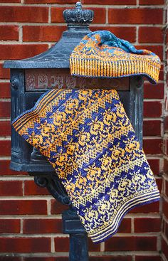 Ravelry: A Gift of Thistle pattern by Tanis Gray