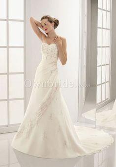 Chiffon Sweetheart Strapless Beading Chapel Train Wedding Dress