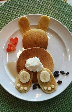pancakes easter bunny kids for Easter Bunny Pancakes for KidsYou can find Easter recipes for kids and more on our website Easter Recipes, Brunch Recipes, Baby Food Recipes, Holiday Recipes, Brunch Food, Food Art For Kids, Food Kids, Good Food, Yummy Food