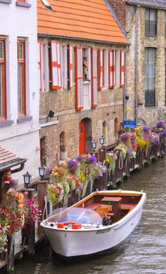 Bruges, Belgium | I must go to Belgium one day! For obvious reasons in this picture.... and for waffles :-o