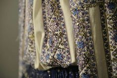 Folk Costume, Costumes, Floral Tie, Diy And Crafts, Embroidery, Fashion, Moda, Needlepoint, Dress Up Clothes