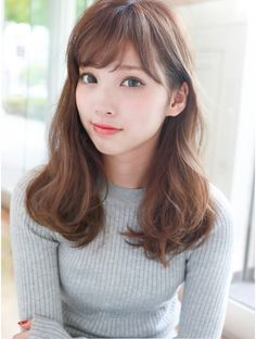 Pin on 可愛い女の子 Medium Long Hair, Long Hair With Bangs, Medium Hair Styles, Long Hair Styles, Beautiful Japanese Girl, Beautiful Asian Girls, Hairstyles With Bangs, Girl Hairstyles, Gorgeous Hair
