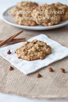 Cinnamon Chip Pumpkin Oatmeal Cookies