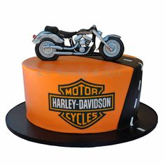 Harley Davidson cake by K's Quirky Cakes