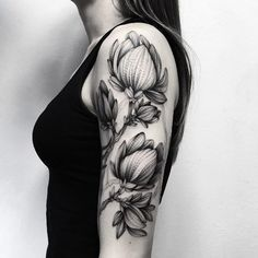 Textured floral arm piece by Parvick