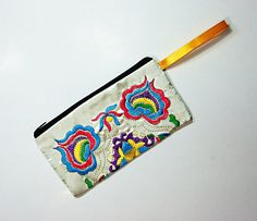Handmade Embroidered Applique Bag White by dermusensohn2000, $12.00