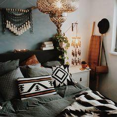 Tassel mobile - Air dry clay - Boho decor - Bohemian - Wood - Beads - Home decor - Wall decor Boho Decor, Tassel Mobile, Bedroom Design Diy, Bed Design, Home, Apartment Living, Bedroom Design, Bohemian Bedroom Design, Home Decor