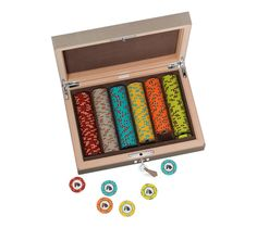 If you really want to play poker in a stylish way, shell out $6,100 for this Hermes poker box.