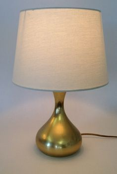 Mid Century Laurel Table Lamp with Shade