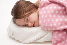 良質な睡眠を得るためにはどんな食べ物を摂取するべきだと思いますか?サプリメントで摂取する手もありますが、睡眠で一番好ましいのは食べ物から摂取する方法です。