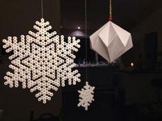 hama perler beads snow flakes