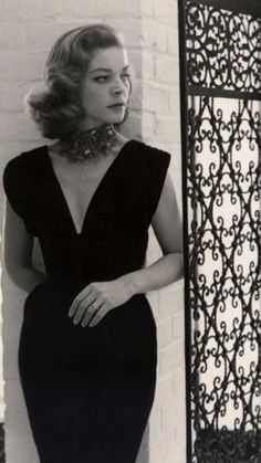 Lauren Bacall Classic Hollywood, Old Hollywood, Bogart Movies, Humphrey Bogart, Lauren Bacall, Talent Show, Jamie Dornan, American Actors, Actors & Actresses