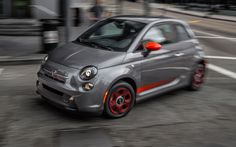 It seems that buyers of electric vehicles in California see the advantage of buying on battery-driven Fiat 500e models sold exclusively in this U.S. state, because based on the report to conclude that the aforementioned model sold out for this year.