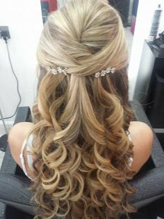 wedding hairstyles, half up half down hairstyles, Twisted Half Up Half Down Wedding Hairstyle, wavy hairstyles, braided hairstyles Wedding Hair Half, Wedding Hair And Makeup, Wedding Updo, Wedding Hairstyles Curls, Hair For Bride, Wedding Hair Curls, Bridal Party Hairstyles, Elegant Wedding Hairstyles, Mother Of The Bride Hairstyles