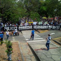 """Policia, Guardia, ermano, no nos mates."" #sosvenezuela"