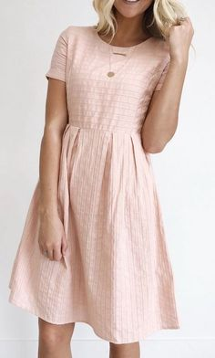 36 Dresses Skirts Trending Now #dresses  #lace  #fit flare dress  #midi dress Modest Dresses, Modest Outfits, Modest Fashion, Casual Dresses, Skirt Outfits, Short Dresses, Church Dresses, Blush Dresses, Modest Clothing