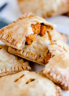 10 Most Misleading Foods That We Imagined Were Being Nutritious! Butternut Squash And Feta Hand Pies. A Delicious Savory Pastry Empanadas, Vegetarian Recipes, Cooking Recipes, Sukkot Recipes, Cooking Ideas, Homemade Crunchwrap Supreme, Savory Pastry, Good Food, Yummy Food