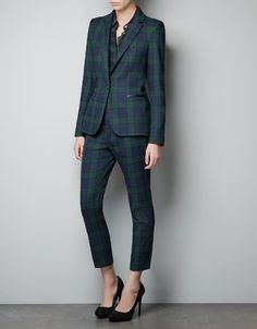 this whole zara look is meant to be on me for every holiday party.