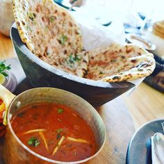 Another dish I tried at @londonersbistropub Though they have got a lot of dishes influenced by British cuisine they have introduced some dishes to suit totally Indian palate l. This keema naan with gravy was delicious & really heavy too. Try it if you're around this area.  #foodie #delhifoodblogger #foodblogger #foodblogging #delhidiaries #finixpost #lifeofmanpreet #londonersdelhi #heartbeatsforlondon #delhi #delhifood #delhifoodguide