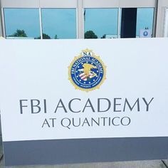 how to become a criminal psychologist for the fbi