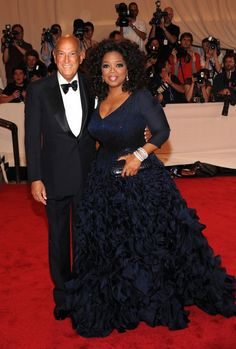 """Oprah is enjoying a wrinkle-free complexion thanks to LA Skincare Collagen Serum  Would you Spend $5 To Look 15 Years Younger? Oprah's New Wrinkle Eraser Does Exactly That! This """"End Of Oprah"""" Online Giveaway Has Botox Doctors Outraged!  http://celebstips.com/entertainment-today-exclussive-2016-skincare"""