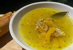 14 szépséges leves a karácsonyi asztalra | NOSALTY Baguette, Thai Red Curry, Ethnic Recipes, Food, Red Peppers, Essen, Meals, Yemek, Eten