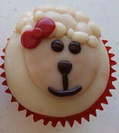 Choco plastilina sobre cup cake