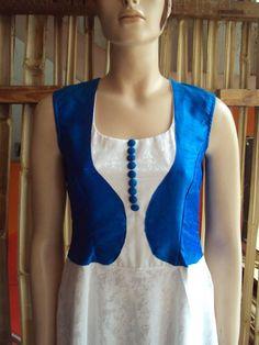 Latest Neck Design For Kurtis Chudidhar Neck Designs, Salwar Neck Designs, Churidar Designs, Kurta Neck Design, Neckline Designs, Dress Neck Designs, Blouse Designs, Kurta Patterns, Dress Patterns