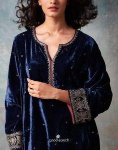 59 Trendy Wedding Dresses A Line Winter Velvet Pakistani Dress, Pakistani Formal Dresses, Pakistani Dress Design, Pakistani Outfits, Indian Outfits, Pakistani Kurta Designs, Winter Outfits Women, Casual Winter Outfits, Indian Attire