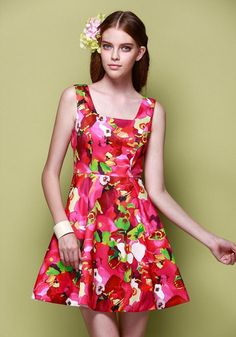Morpheus Boutique  - Red Floral Strap Pattern Pleated Celebrity Dress, CA$174.34 (http://www.morpheusboutique.com/new-arrivals/red-floral-strap-pattern-pleated-celebrity-dress/)