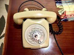 Quem lembra desse #telefone? # # # #coisavelha #vintage via Facebook http://ift.tt/2iyltO3