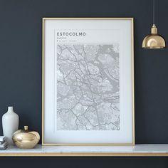 Elegante diseño nórdico para Estocolmo.  #geogragift #design #home #homedecor #inspiration #house #interiordesign #interiorismo #decoracion #homestyle #instahome #interior4all #interiorstyling #detallesdecoracion #diseñonordico #posterart #posterdesign #personalizados #lifestyle #inspo4all #expatriados #decorate #creatumapa #customprints