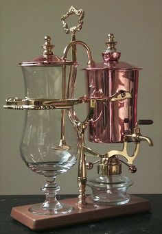 Damn.  I would feel so special if I brewed my coffee in this thing!  Beautiful.