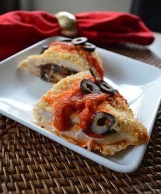 Low carb, gluten free Pizza-Stuffed Chicken, Keto, Ketogenics