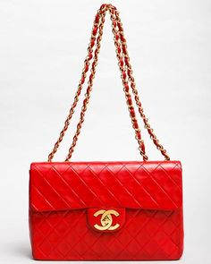 bfcf8c7feeca3 Chanel Classic Flap in bright red Vintage Chanel Bag