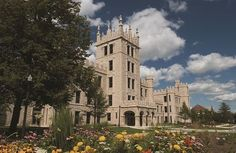Altgeld Hall at Northern Illinois University as featured in www.smartcollegevisit.com Focus Points feature. #northernillinoisuniversity #smartcollegevisit @collegevisit @smartcollegevisit