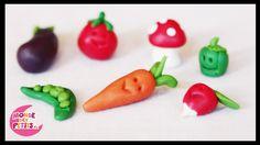http://www.mondedespetits.fr Voici un petit tutoriel pour réaliser des légumes en pâte Fimo facilement. Vous apprendrez comment modeler facilement des carott...